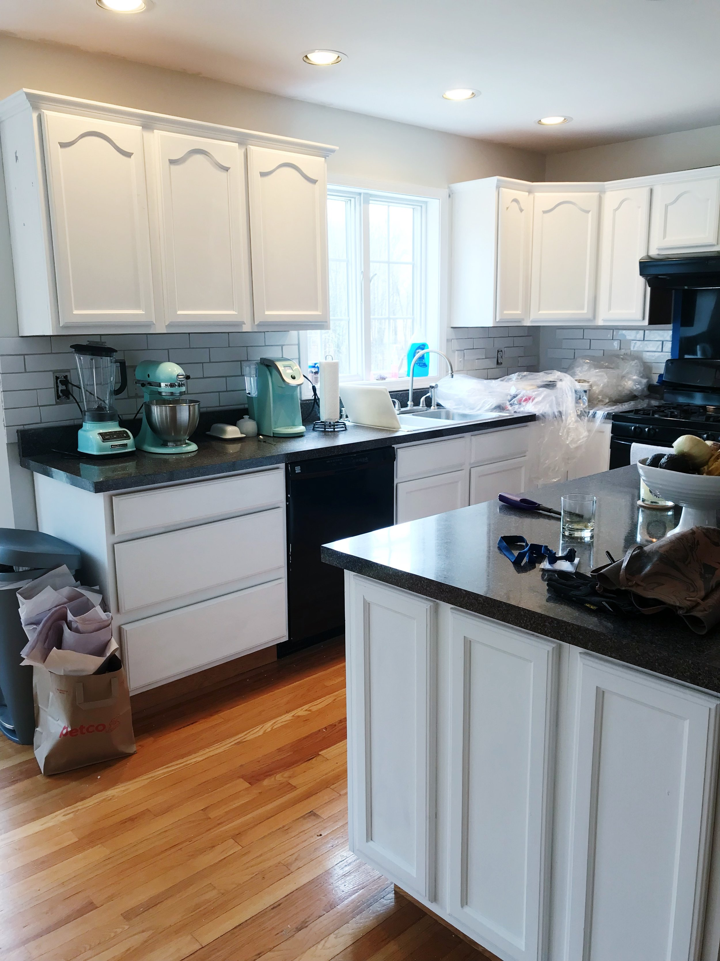 How To Paint Kitchen Cabinets With Chalk Paint