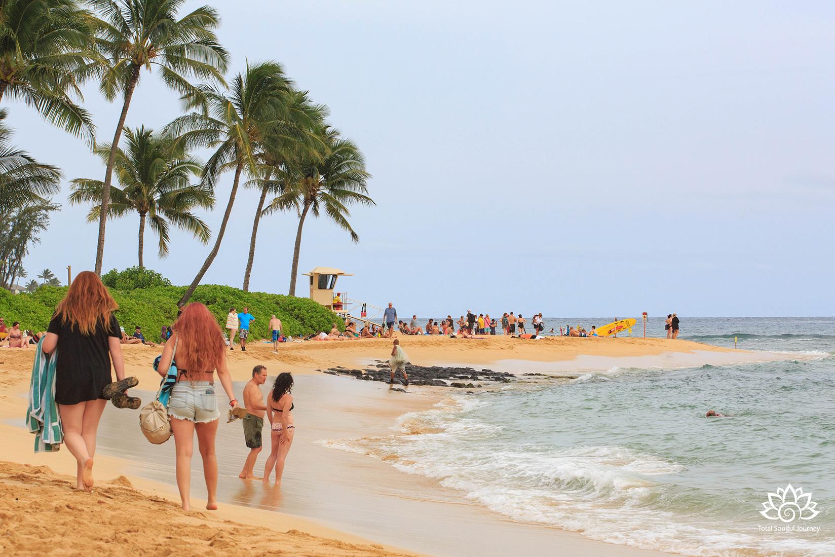 PoiPu Beach photographed by Paul Garrett