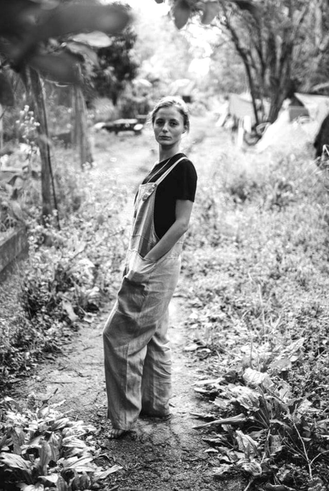 Elisa Moga    - photographed by    Jessi Simpson