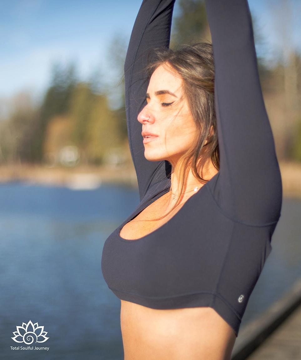 Aileen Day    enjoying yoga in the sunshine. - Photography by    Paul Garrett