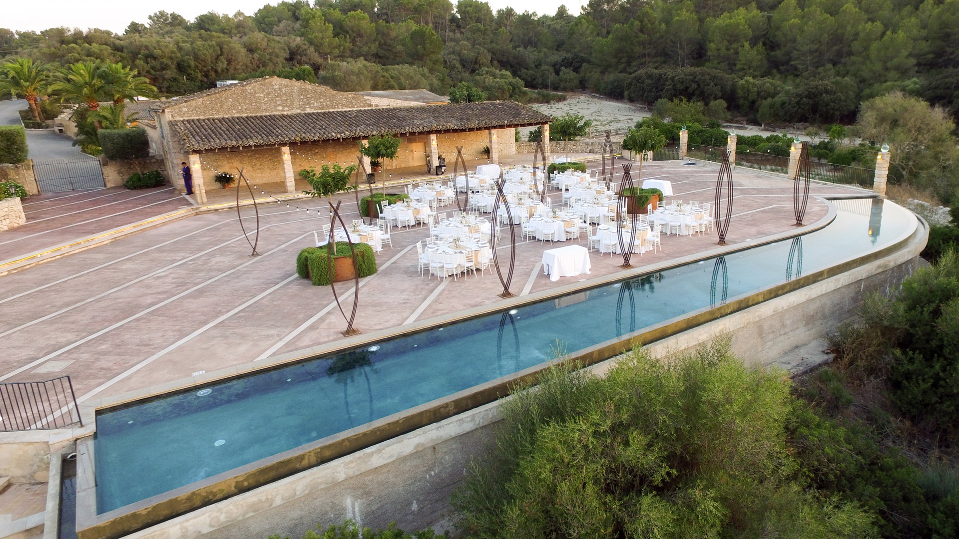 Rural Mallorcan finca where you breathe the peace and tranquility in its natural environment.