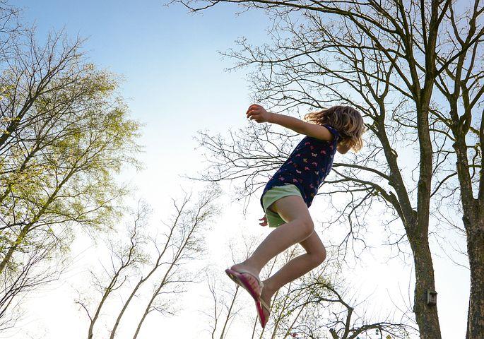 trampoline-2227668__480.jpg