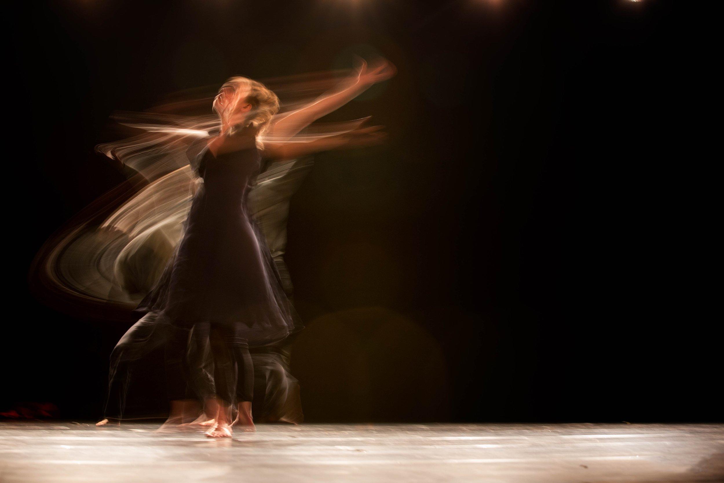 ahmad-odeh-dance_spin_unsplash.jpg