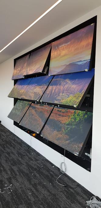 avitor-video-wall-install-4.jpg