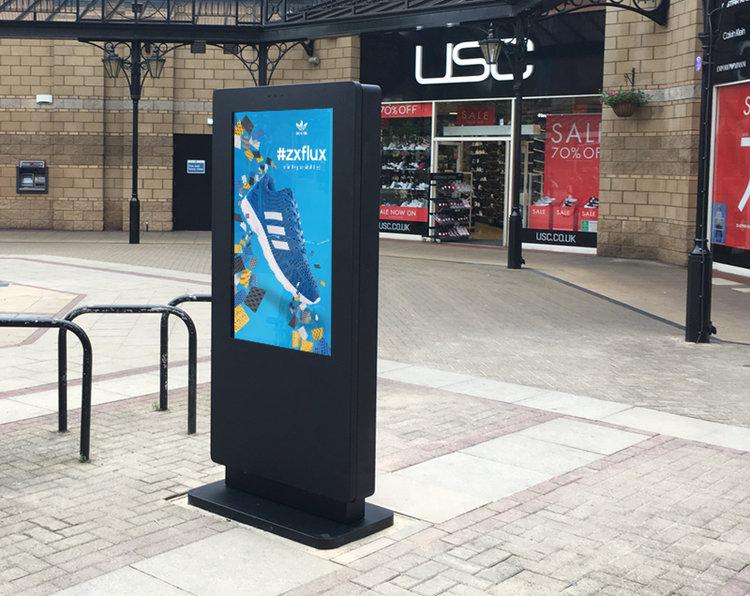 avitor-outdoor-waterproof-freestanding-digital-signage-posters-kiosks-totems-05.jpg