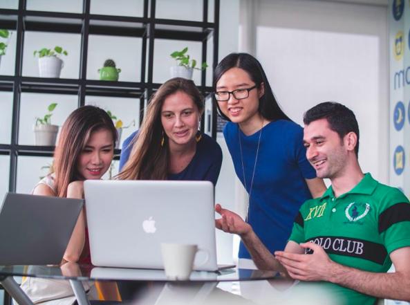 avitor av coworking technology.png