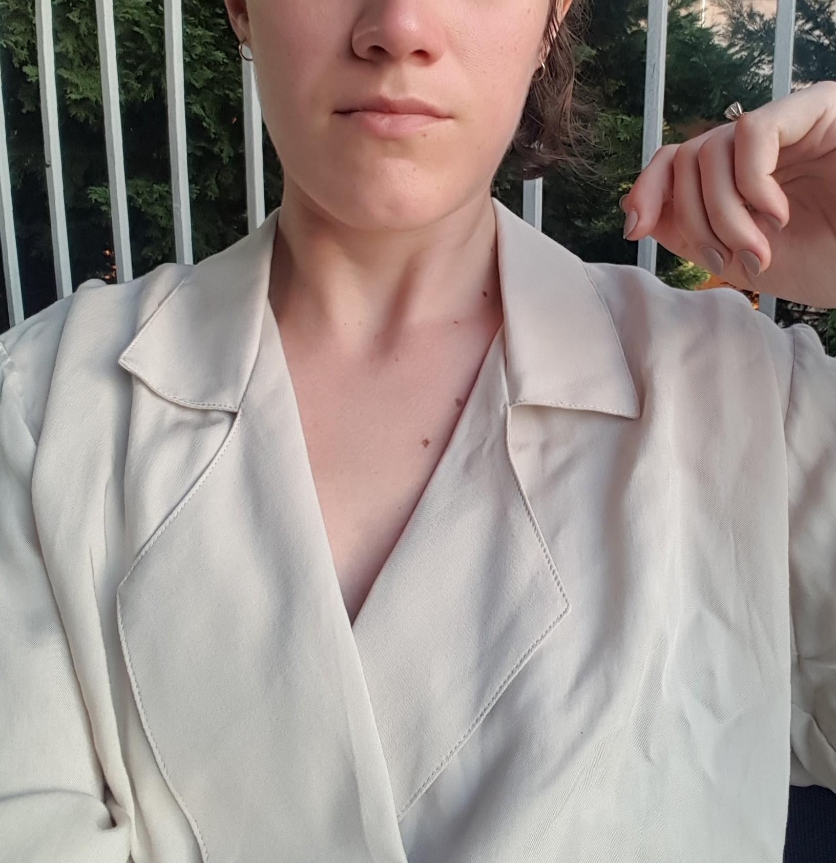 How do you talk about brand name things without talking about brand name things? - This shirt is the Newton blouse by Jesse Kamm, in case you were wondering #whoiamwearing, lol.