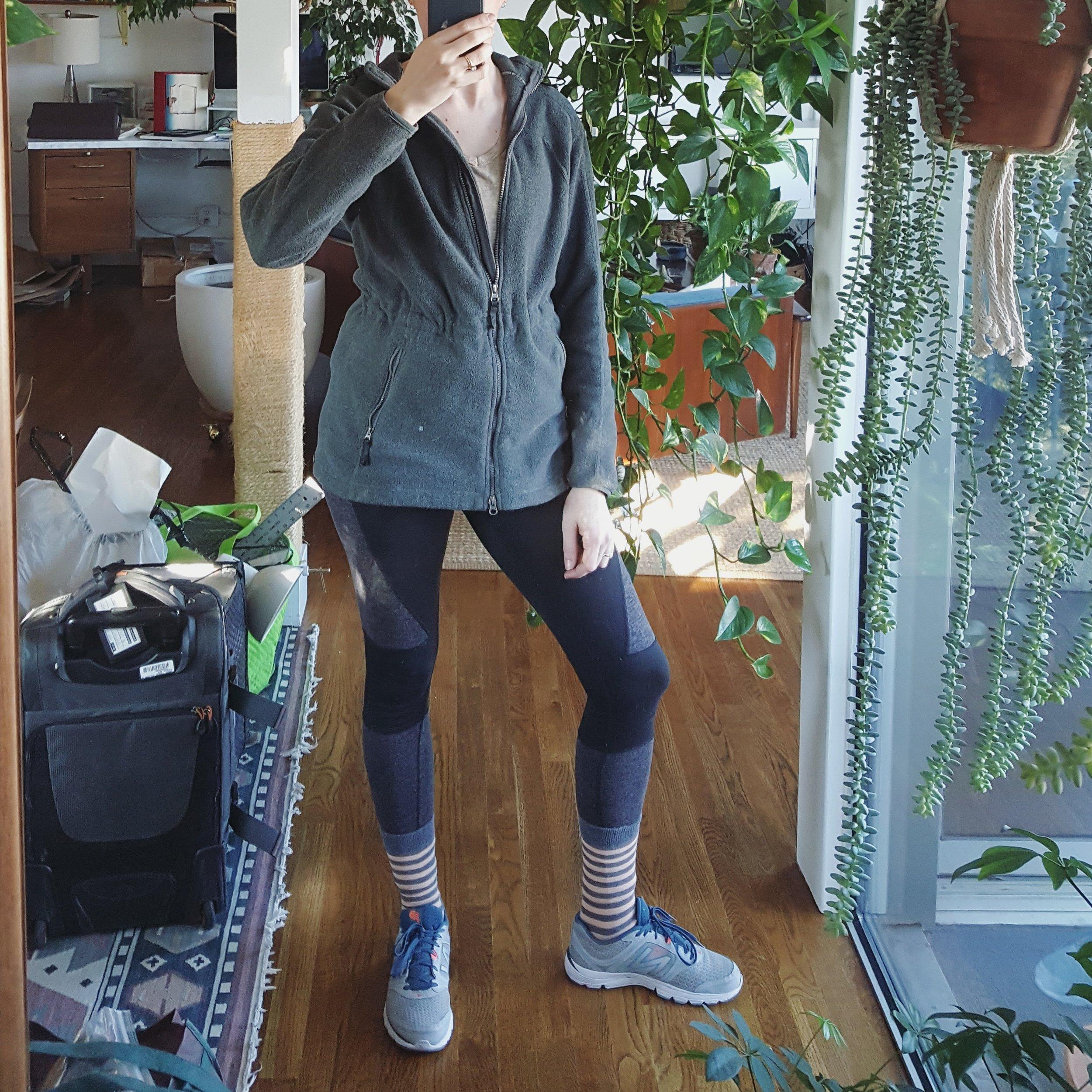 Friday - December 29, 2017Fleece lined leggings + Alternative Apparel tee + fleece hoodie + New Balance sneaks