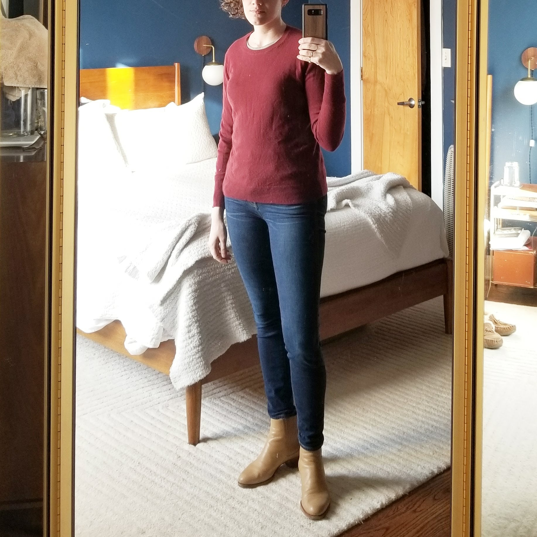 Saturday - March 10, 2018Super basic, but I had to roll out of bed and immediately go pickup and install a banner for work this morning. Everlane sweater and skinny jeans can't go wrong. The pink sweater came out again as a second layer later in the day.