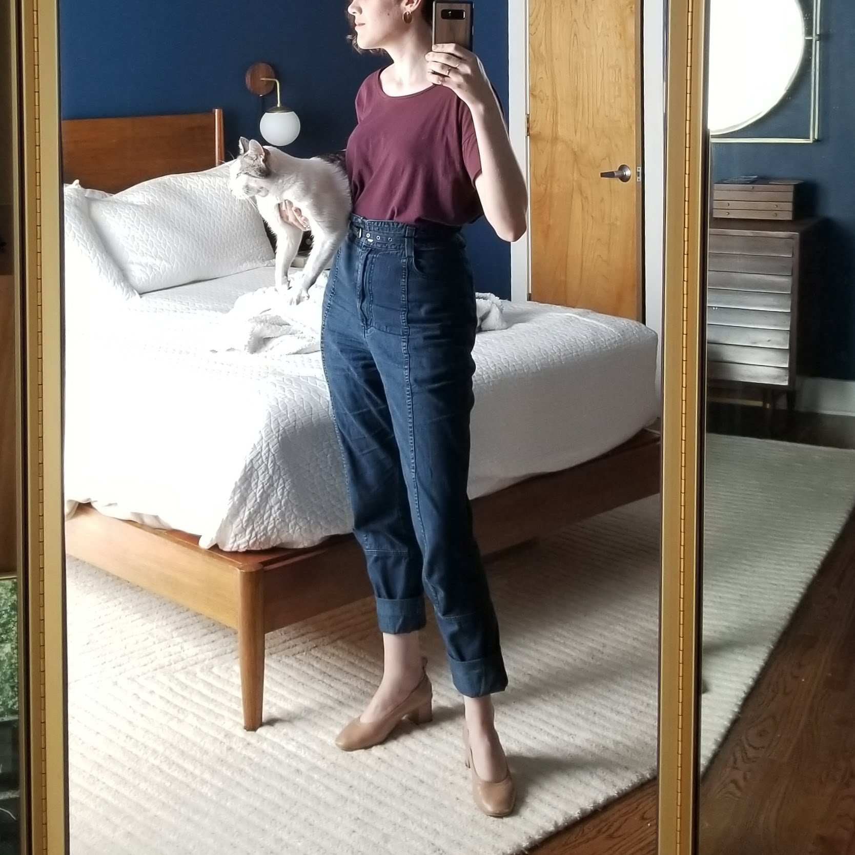 Saturday - March 31, 2018Shoes aside, this is a complete outfit repeat (See: March 19, 2018). I love this outfit. Something about the cut of this Everlane square tee is just the right width to blouse out from these high-waist Rachel Comey jeans. I've rolled up the cuff on the jeans to show a little more ankle, and I really like the look with the rose tan block heels. The associate who helped me in the Warby Parker complimented this outfit. I've arrived!