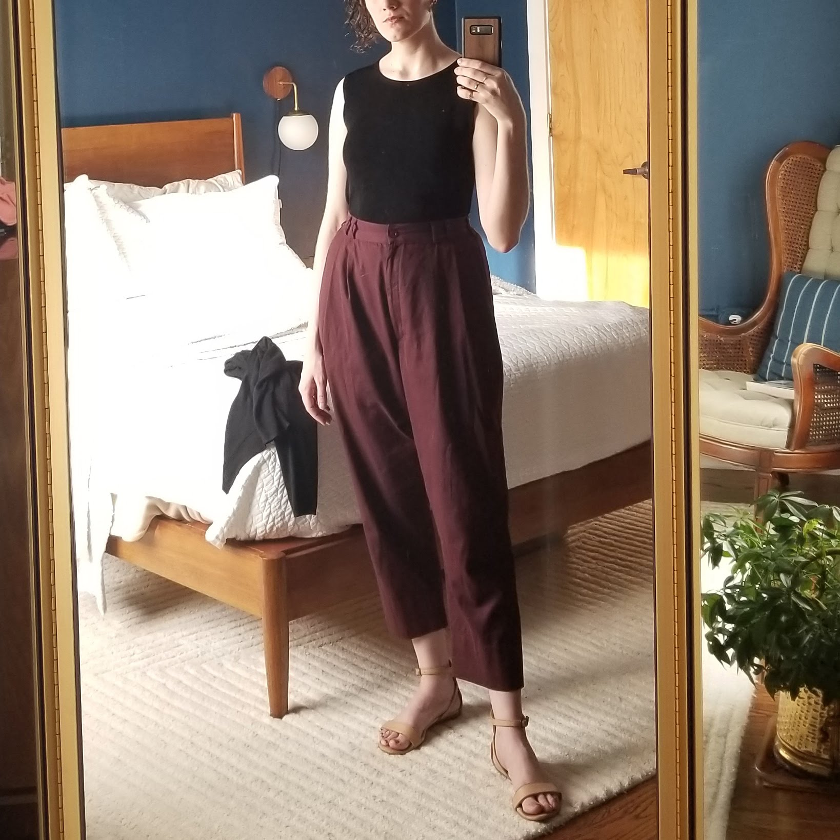 Friday - April 13, 2018I'm liking these pants more! I mentioned having doubts the last time I wore them (Wednesday, March 28, 2018) but maybe the weather just wasn't right. Today was nice and warm and I wore them with my favorite beige sandals. The crop seems to make more sense with sandals. They are definitely a warm weather pant. I like them with this fitted top tank so that the pleats can do their pleat thing without distraction.