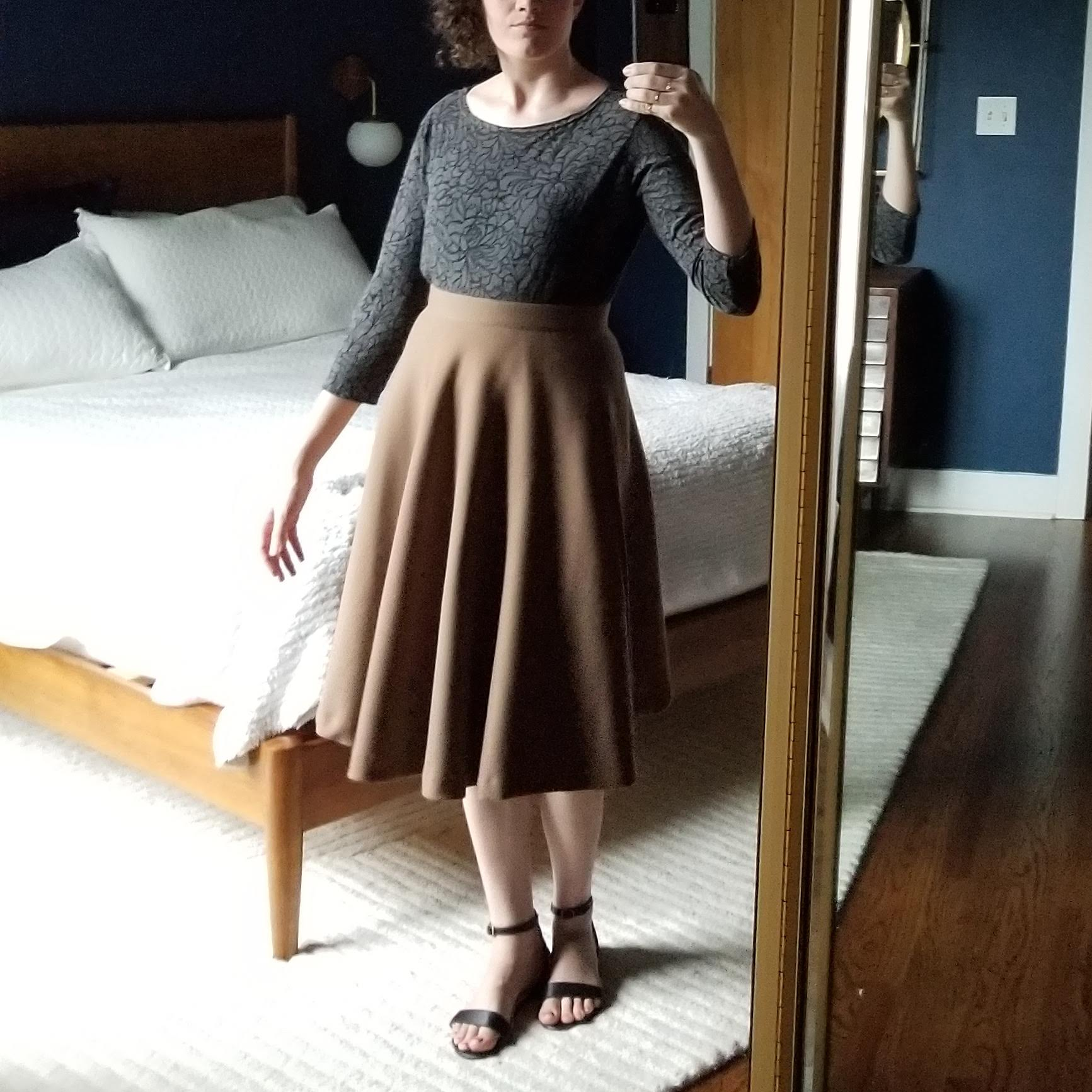 Wednesday - May 23, 2018I really like this 3/4 sleeve tee my aunt-in-law gave me a few years ago. It's got a burnout pattern that makes up the floral pattern. It's barely fitted and tucks in well to a bottom. This skirt is one of the last things I ever bought from Modcloth before I decided they didn't fit my style anymore. It's fully lined and has pockets, which is really nice.Shirt / Loft (1H)Skirt / Modcloth (1H)Shoes / Nisolo (2H)
