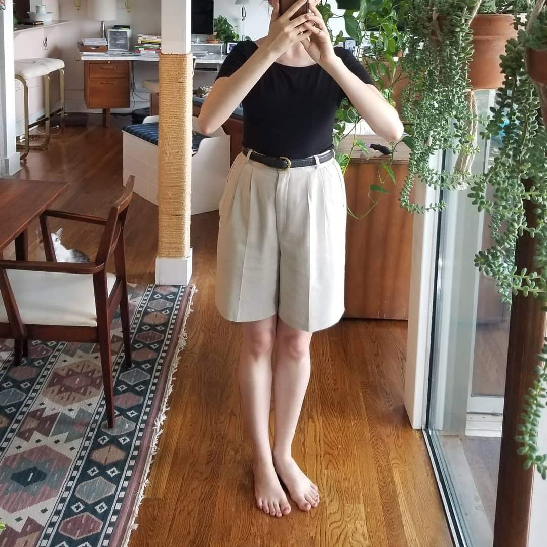 Sunday - June 10, 2018And finally, good old Bermuda shorts for bumming around the house. I got this new-to-me belt and think it works really well with these shorts, which were just a hair loose on my waist. It's quality Coach, with a brass buckle and nice sturdy leather.