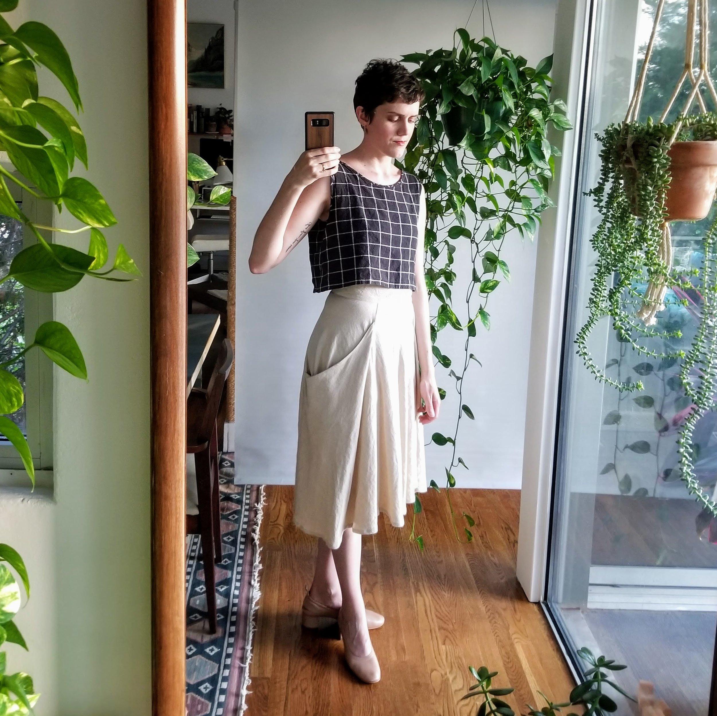 Everlane day heels in rose tan.