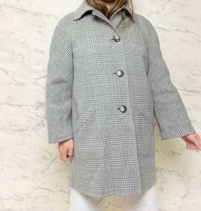Reversible gray plaid coat - $92.40 / 85% wool 15% polyamide / Ships from The NetherlandsReversible??? Yes, apparently you can flip this baby inside out and have a solid gray coat OR a plaid coat. That's even more bang for your minimal buck — two coats for the price of one. If you want in on the glen plaid trend, here's your ticket.