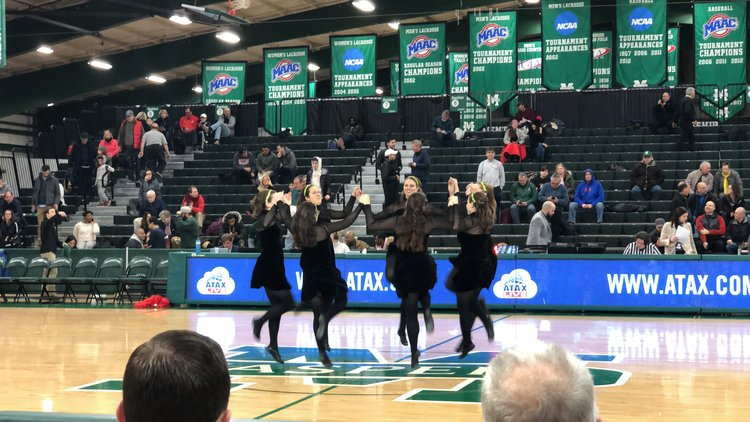Manhattan College Basketball Game 2019