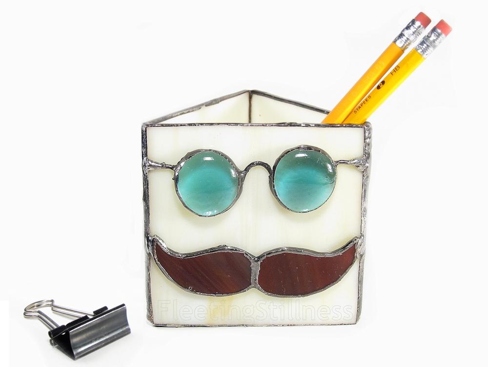 103_mustachePencilHolder_4a.jpg