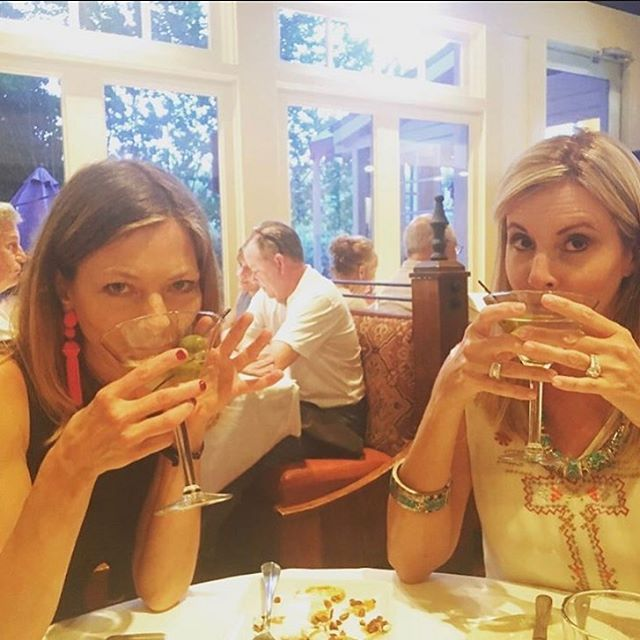 A birthday toast right back to you @kimjolly1 😜🍸Life long friends make the best martini partners! Hope your day's been terrific 💓