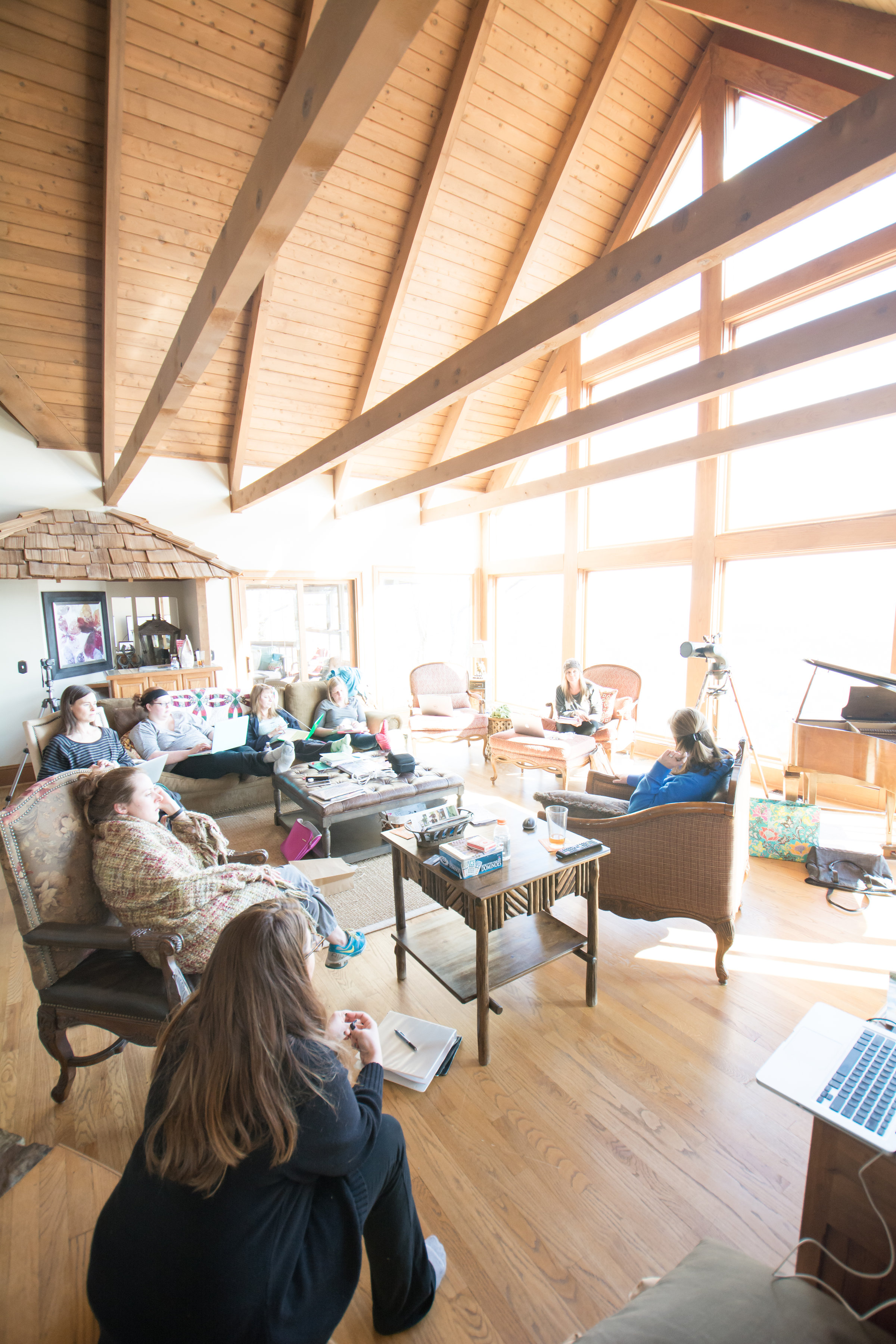 Wit + Wisdom retreats provide hands-on, focused education and training in a small group environment that is incredibly relaxing and so much fun! The next retreat is schedule for September 2018!