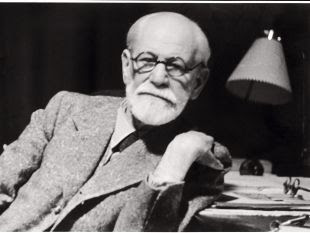 Sigmund Freud en su sala de trabajo en 1938.