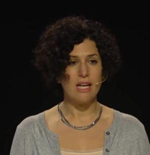 Romina Bernater habla de Ides Lin Z'L en el Proyecto Aprendiz creado para que la historia de cada sobreviviente de la Shoá siga siendo contada.
