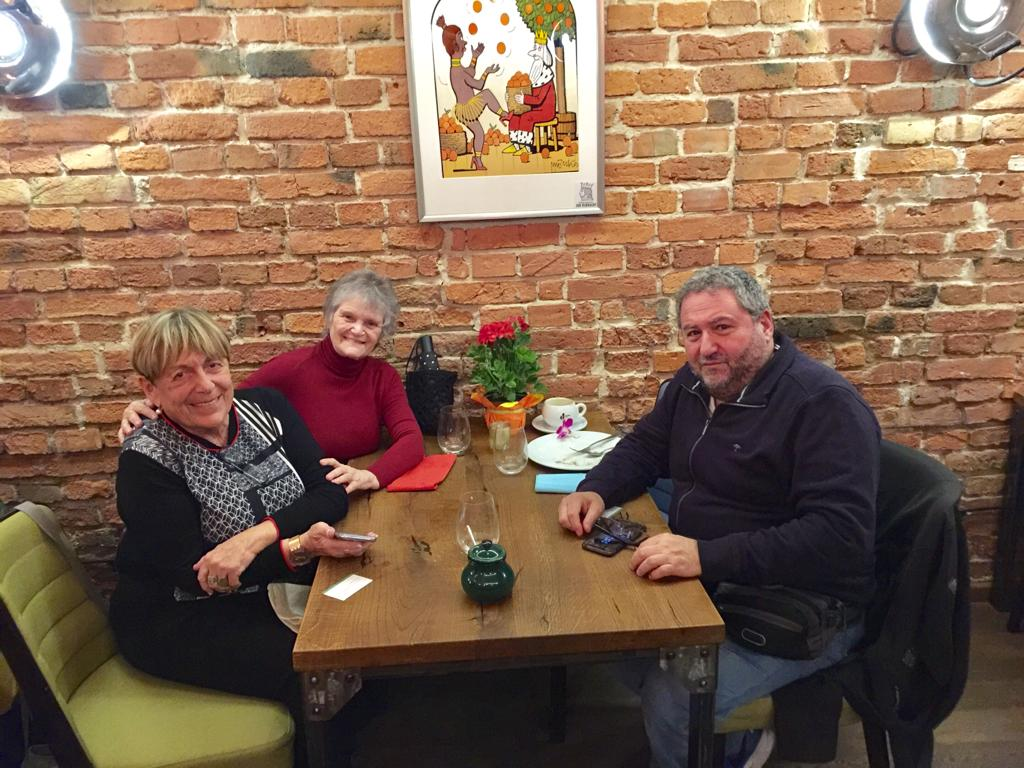 Días previos en Varsovia, los hermanitos. Momentos deliciosos y comida ídem.