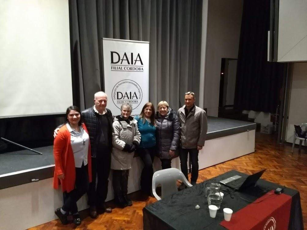 con Constanza de DAIA, Edi Horowitz, Sofia Romano y Damián Strusberg