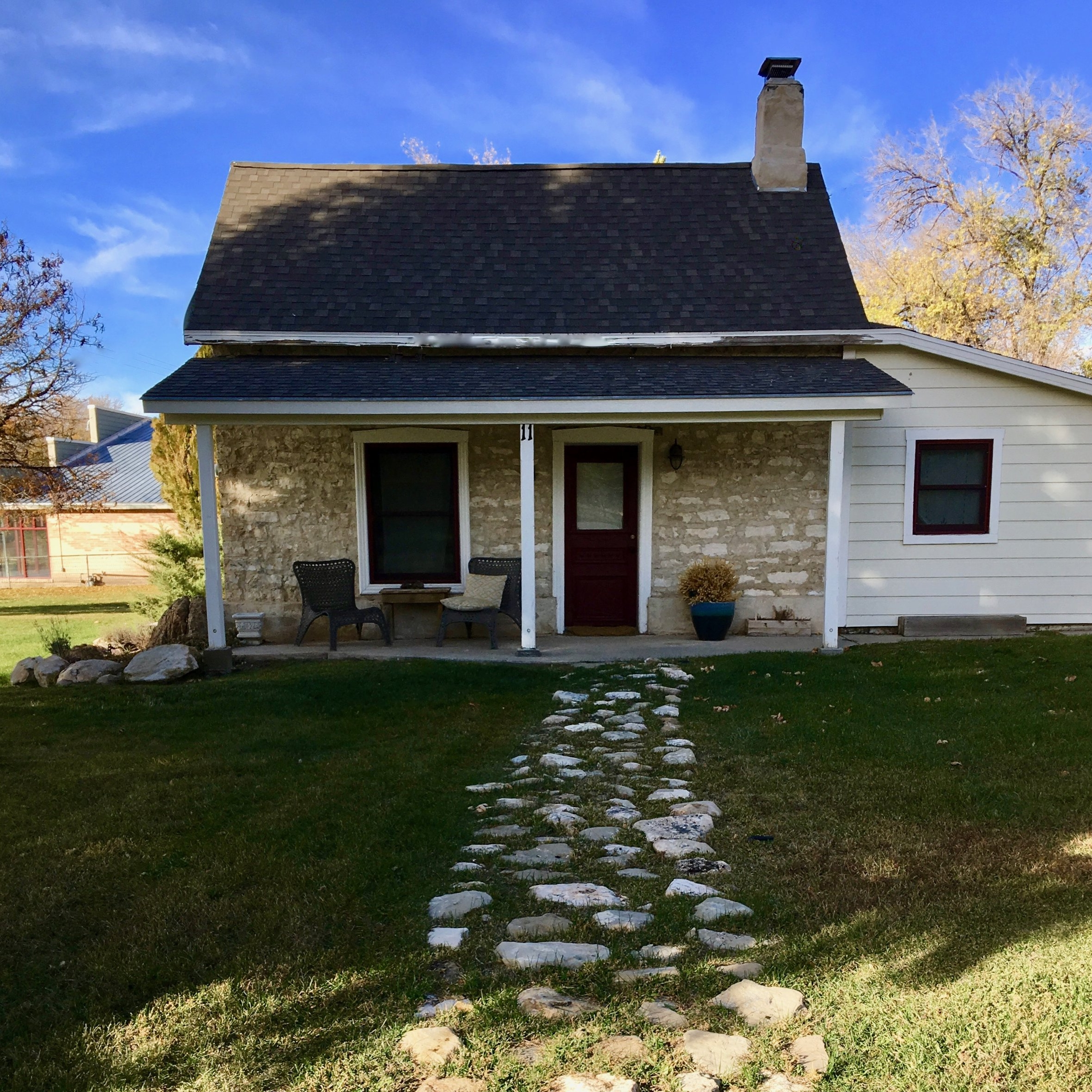Add The Stone Cottage - Sleeps 2-4As a Bridal Suite or Honeymoon Cottage$200 per night