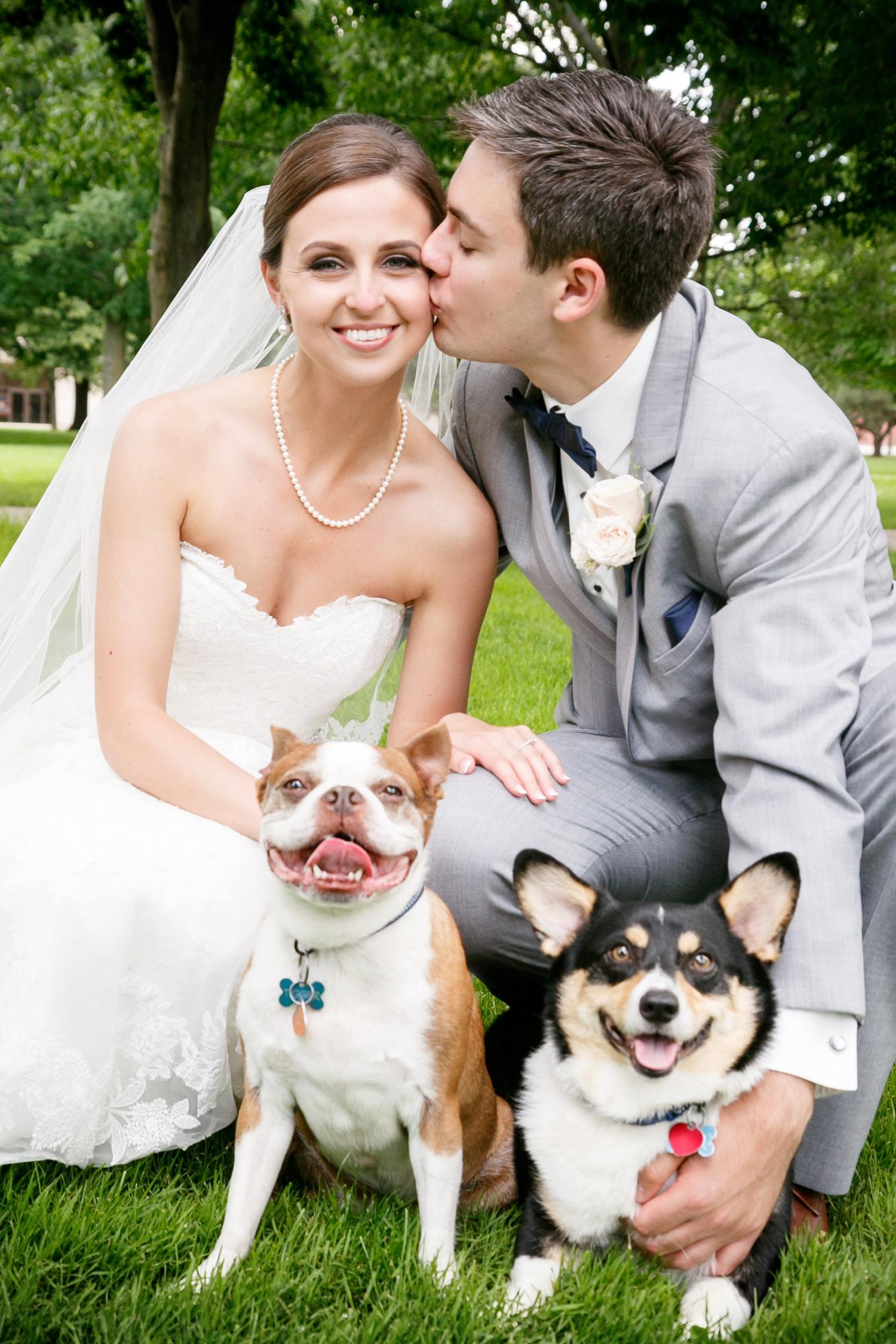 lawrence-university-warch-center-wedding-adam-shea-photography_0013.jpg