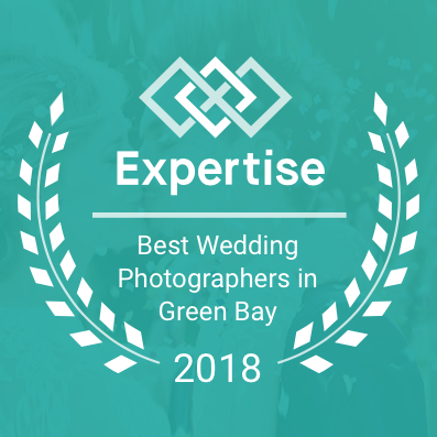 Adam-Shea-Photography-Expertise-Best-Wedding-Photographers-in-Green-Bay.png