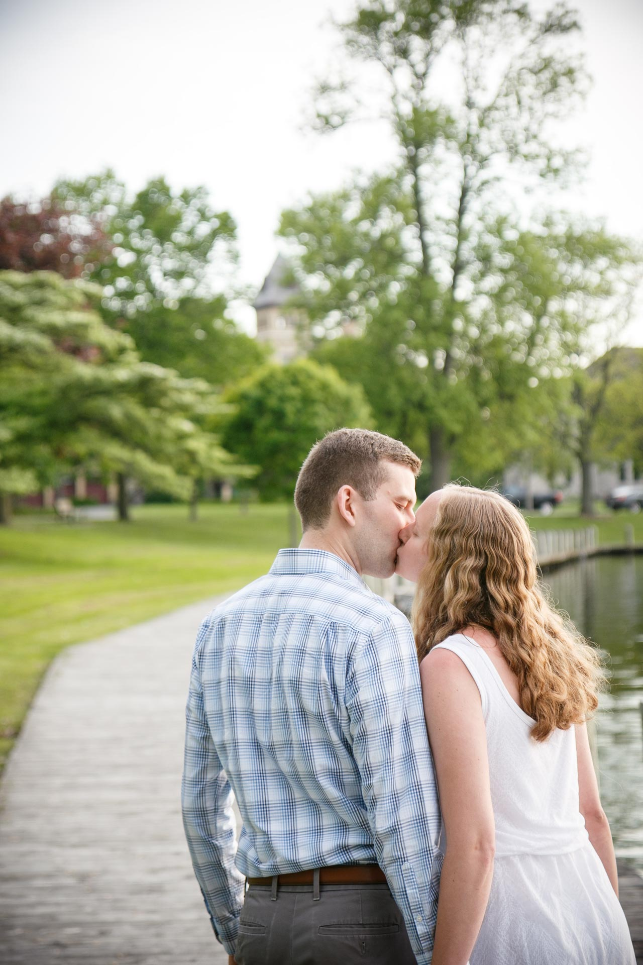 riverside-park-neenah-engagement-adam-shea-photography-green-bay-appleton-neenah-photographer-6.jpg