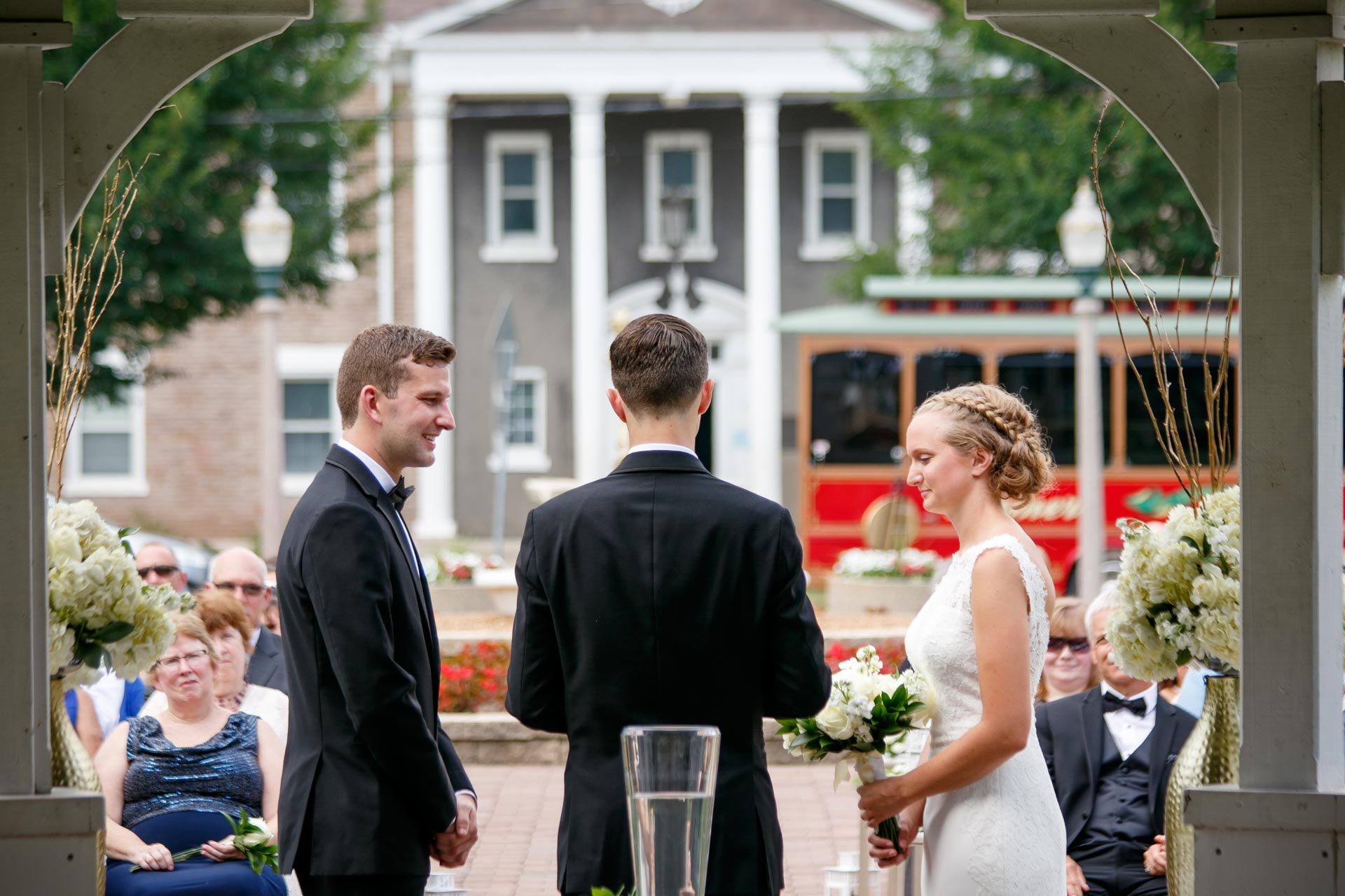 smith-park-menasha-wedding-adam-shea-photography-green-bay-appleton-neenah-photographer-15.jpg