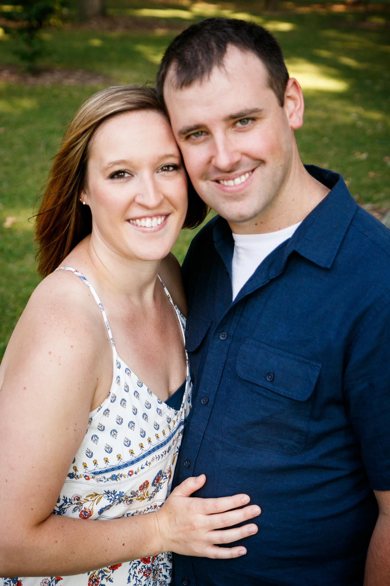 engagement-photos-riverside-park-neenah-adam-shea-photography-green-bay-appleton-neenah-photographer-3.jpg