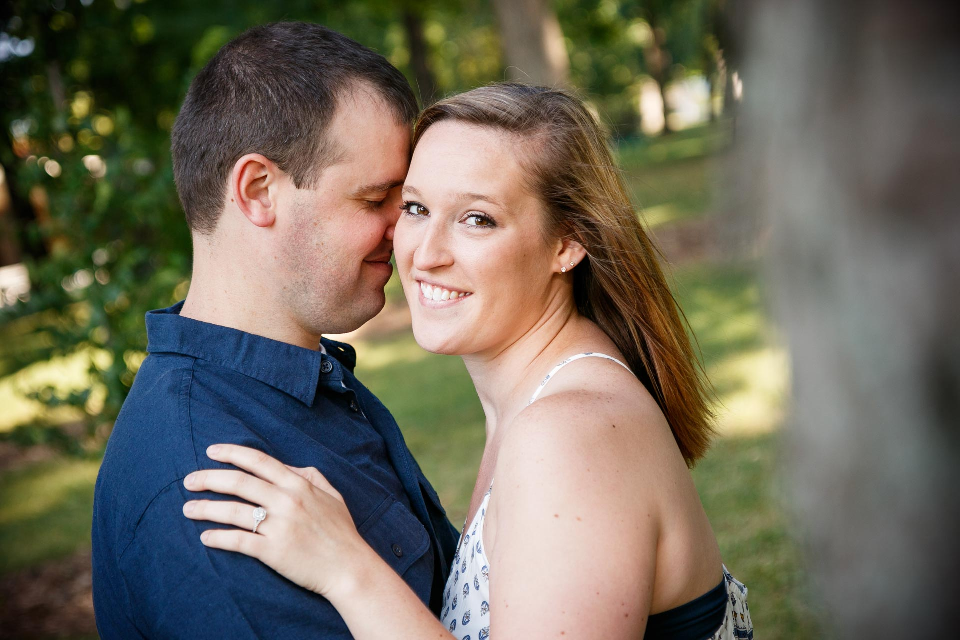 engagement-photos-riverside-park-neenah-adam-shea-photography-green-bay-appleton-neenah-photographer-4.jpg