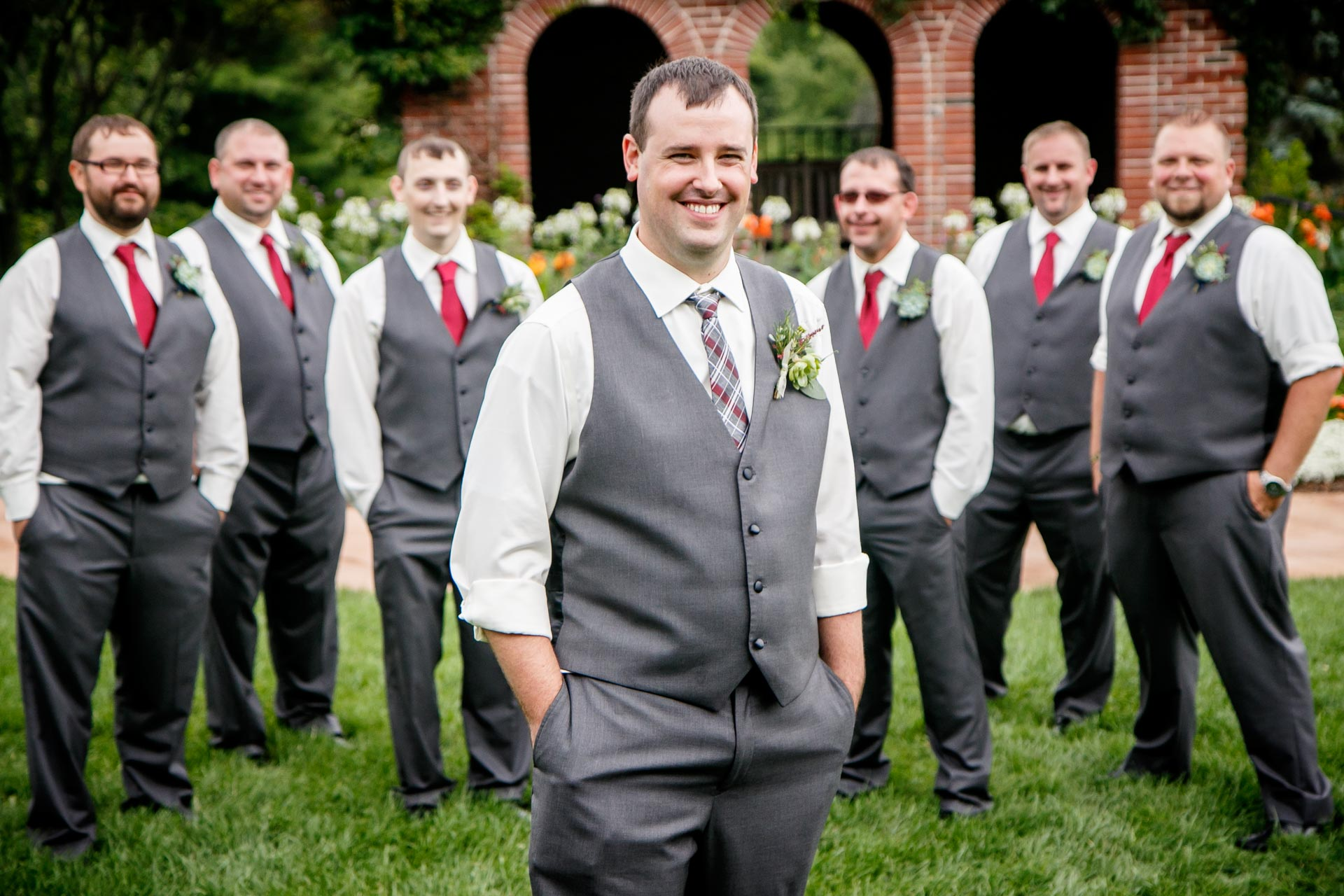 green-bay-botanical-gardens-wedding-adam-shea-photography-green-bay-appleton-neenah-photographer-21.jpg