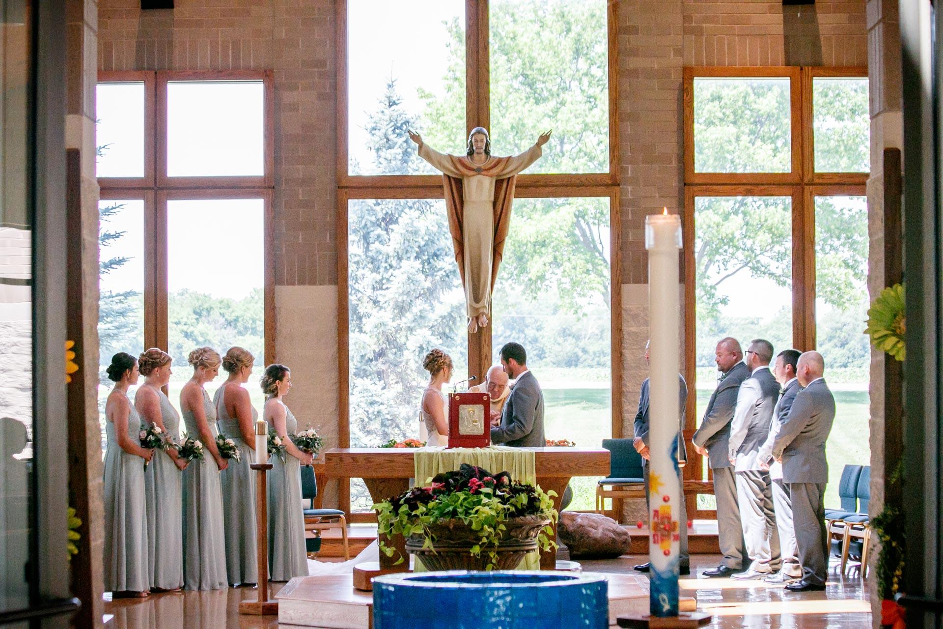 st-joan-of-arc-catholic-church-delafield-adam-shea-photography-green-bay-appleton-neenah-photographer-18.jpg