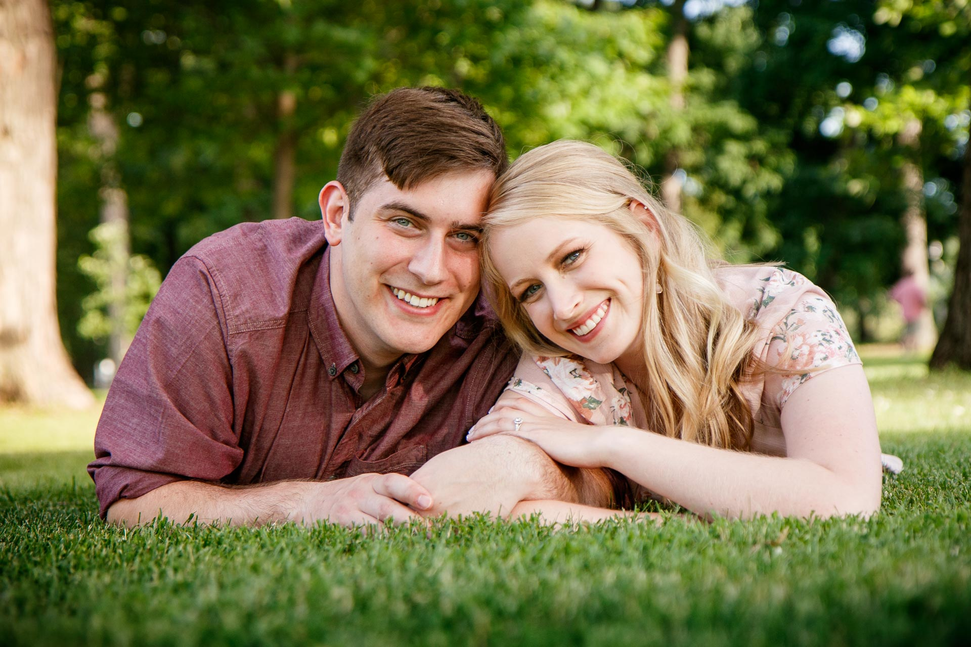 lauren-william-engagement-riverside-park-neenah-adam-shea-photography-green-bay-appleton-neenah-photographer-14.jpg