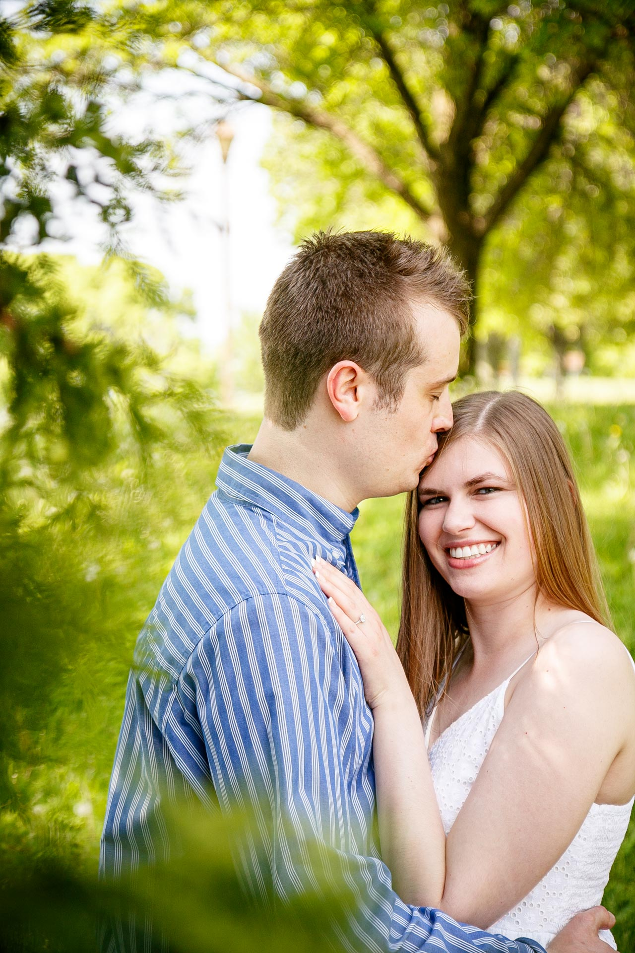 engagement-photos-voyageur-park-de-pere-wisconsin-wi-adam-shea-photography-adam-shea-photography-green-bay-appleton-neenah-photographer-02.jpg