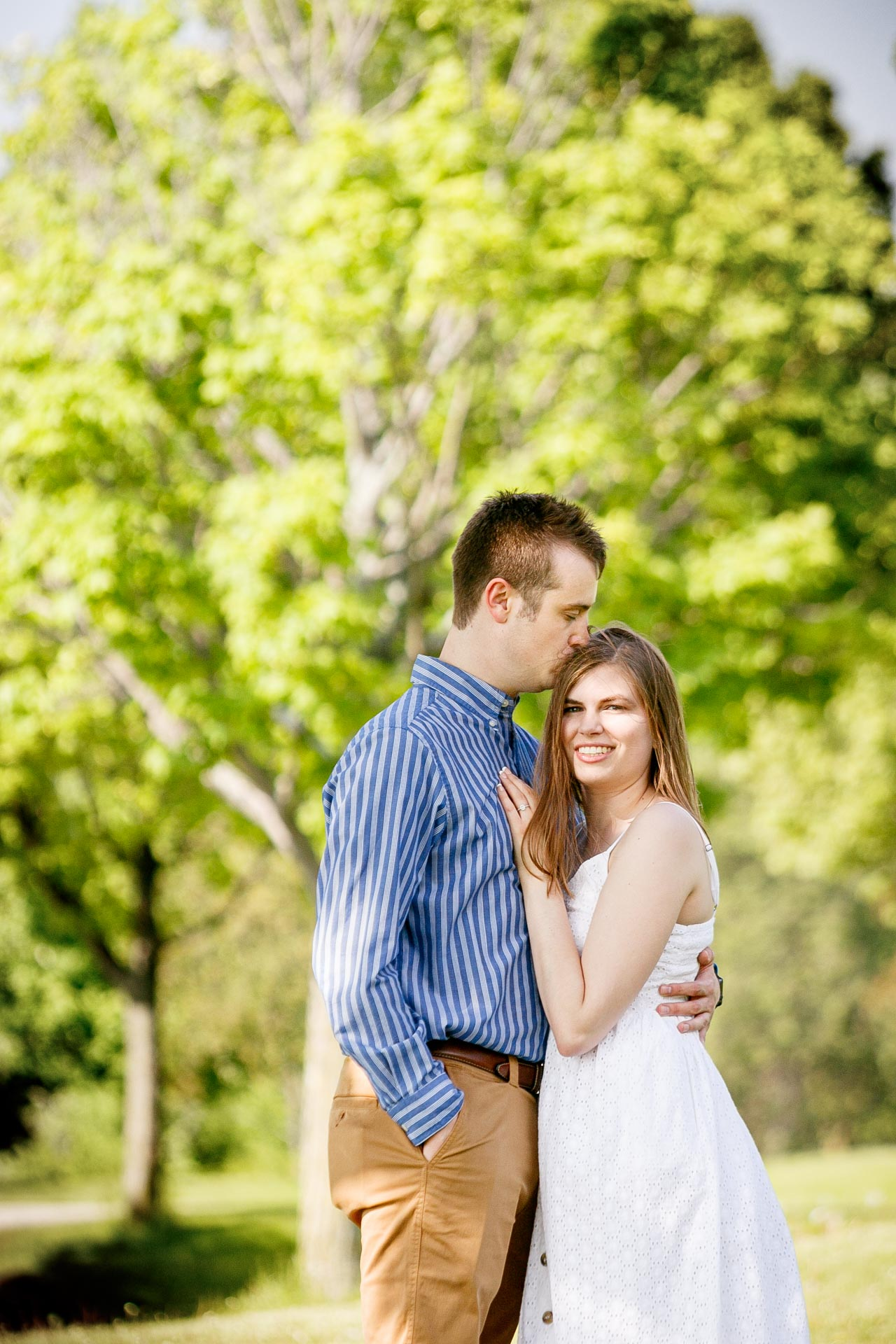 engagement-photos-voyageur-park-de-pere-wisconsin-wi-adam-shea-photography-adam-shea-photography-green-bay-appleton-neenah-photographer-06.jpg