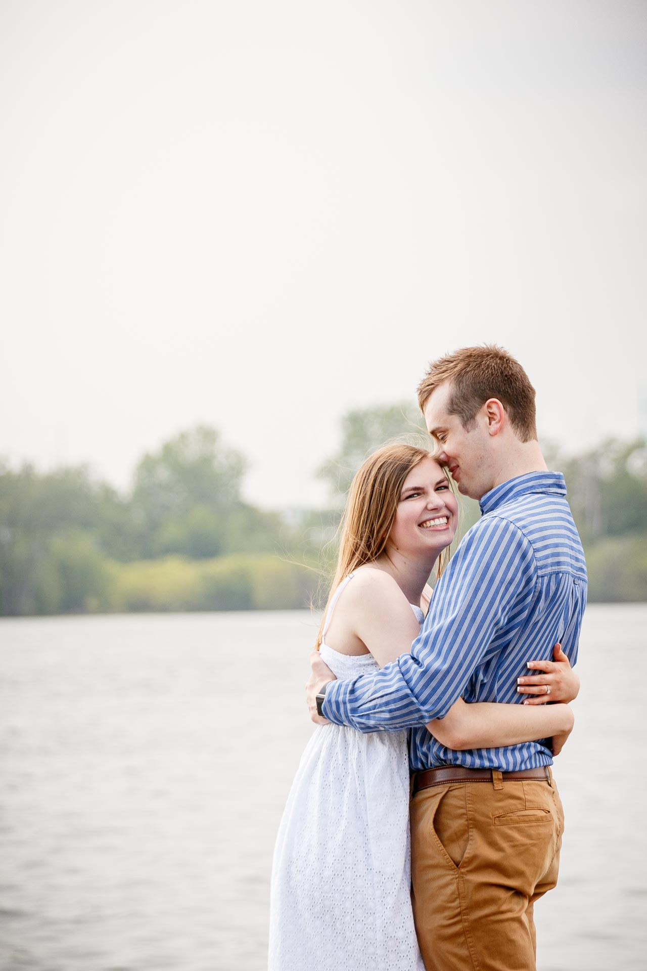 engagement-photos-voyageur-park-de-pere-wisconsin-wi-adam-shea-photography-adam-shea-photography-green-bay-appleton-neenah-photographer-09.jpg