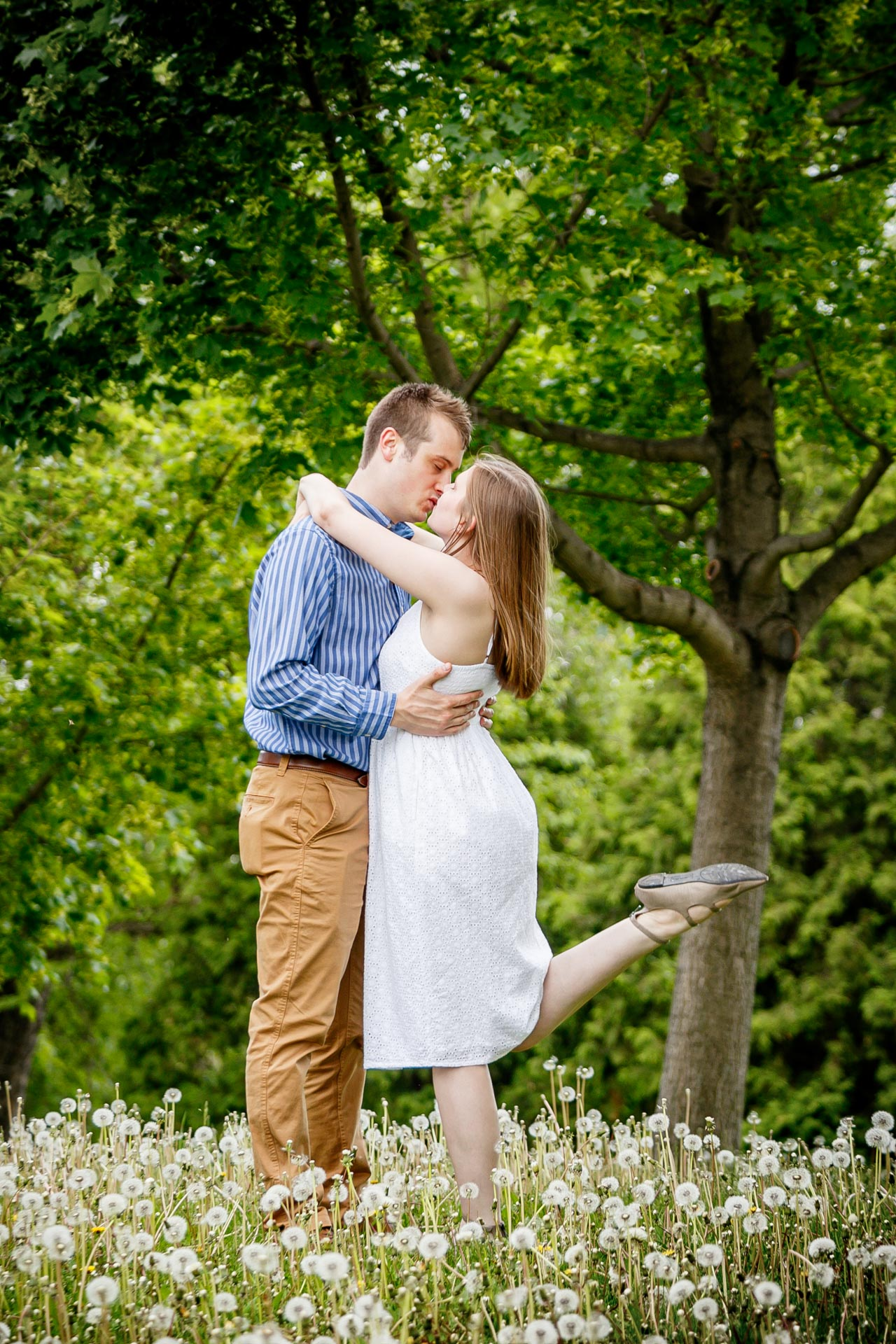 engagement-photos-voyageur-park-de-pere-wisconsin-wi-adam-shea-photography-adam-shea-photography-green-bay-appleton-neenah-photographer-14.jpg