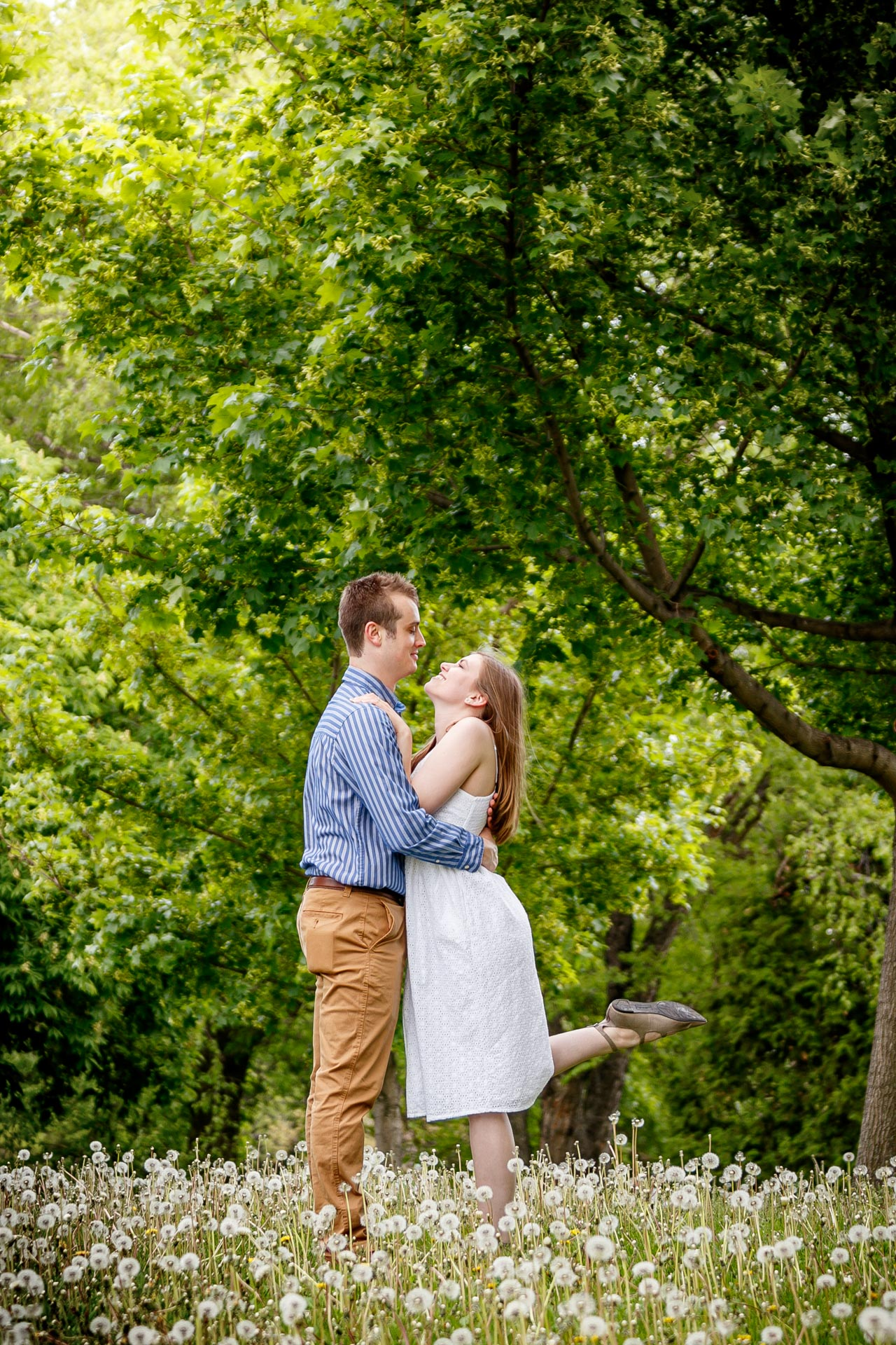 engagement-photos-voyageur-park-de-pere-wisconsin-wi-adam-shea-photography-adam-shea-photography-green-bay-appleton-neenah-photographer-15.jpg