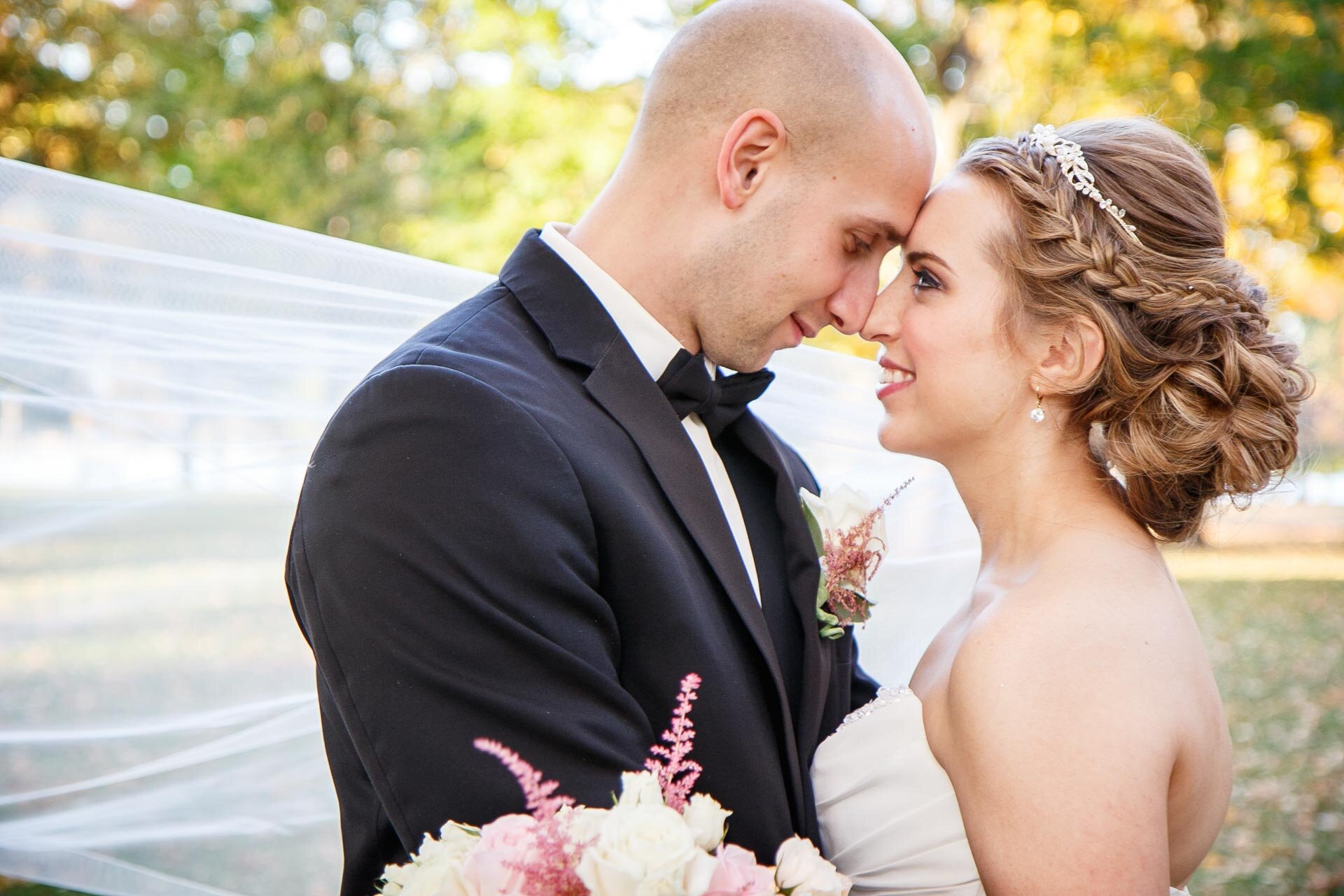 adam-shea-photography-fall-autumn-lighting-engagement-wedding-photos-adam-shea-photography-green-bay-appleton-neenah-photographer-09.jpg