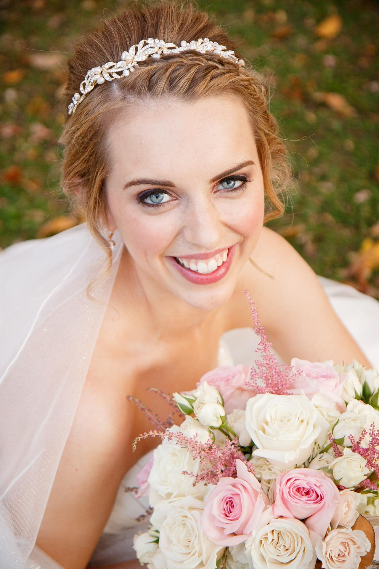 adam-shea-photography-fall-autumn-lighting-engagement-wedding-photos-adam-shea-photography-green-bay-appleton-neenah-photographer-08.jpg