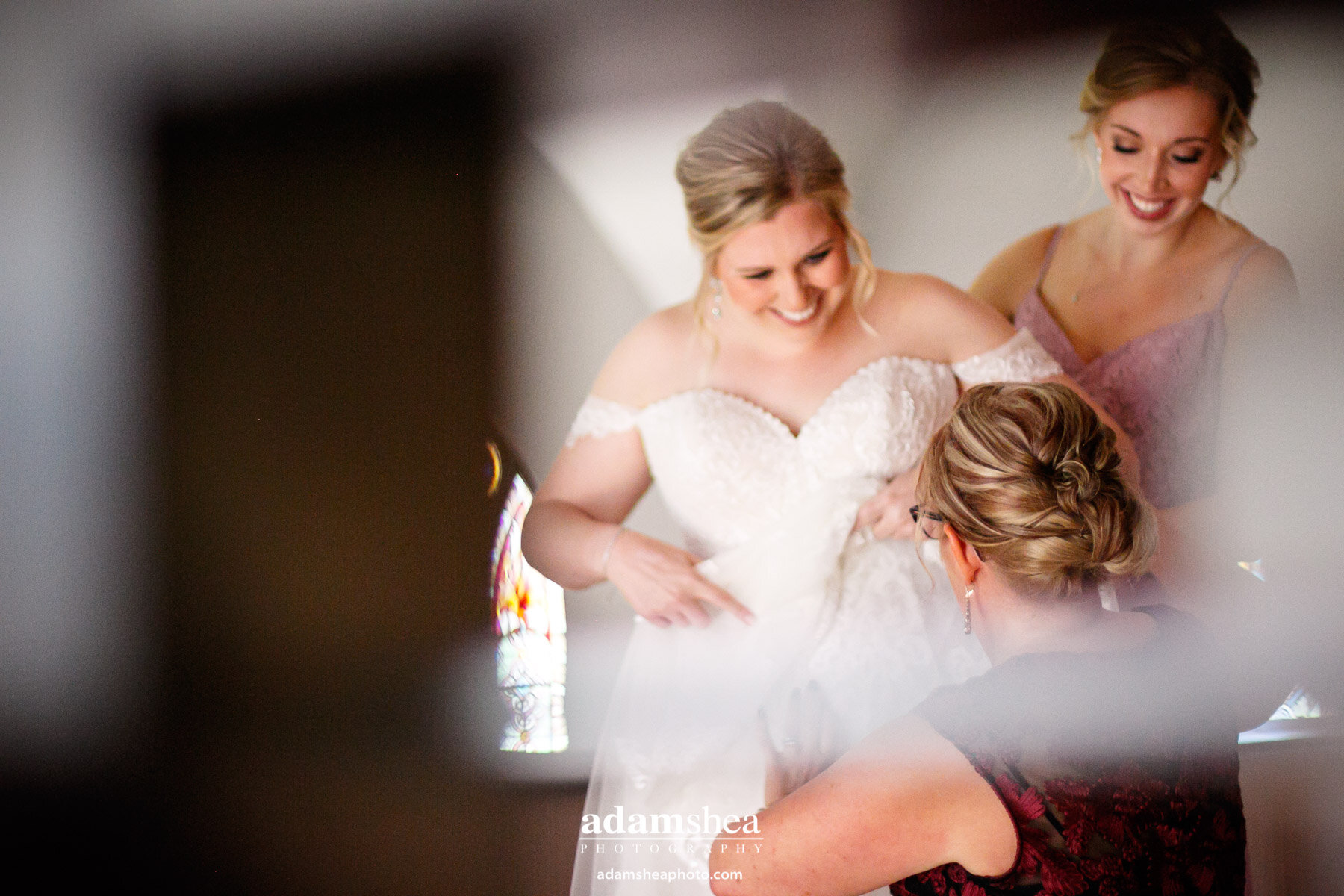 Taylor-Favian-Sepia-Wedding-Chapel-Adam-Shea-Photography-Two-Rivers-WI00003.jpg