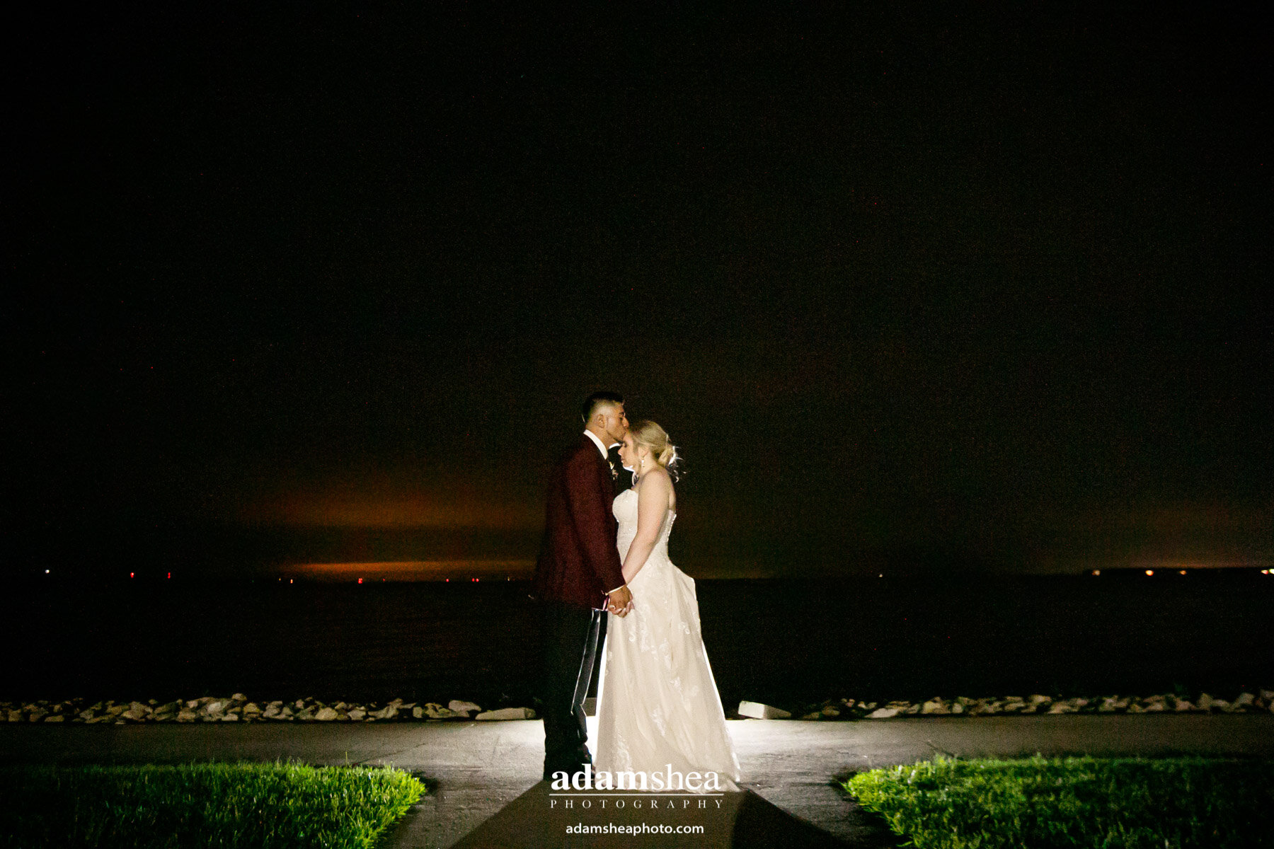 Taylor-Favian-Wedding-Menasha-WI-Waverly-Beach-Adam-Shea-Photography00005.jpg