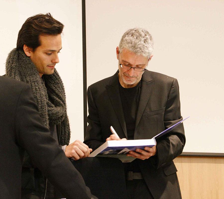 Books-Luis-De-Garrido.jpg
