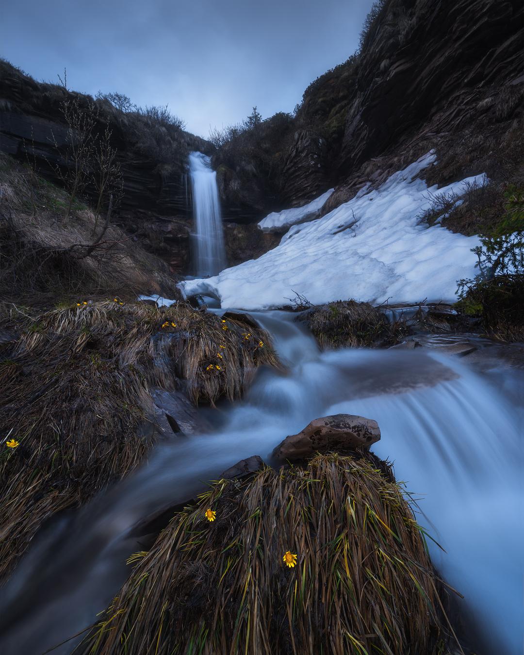 WaterfallDolomites1.jpg