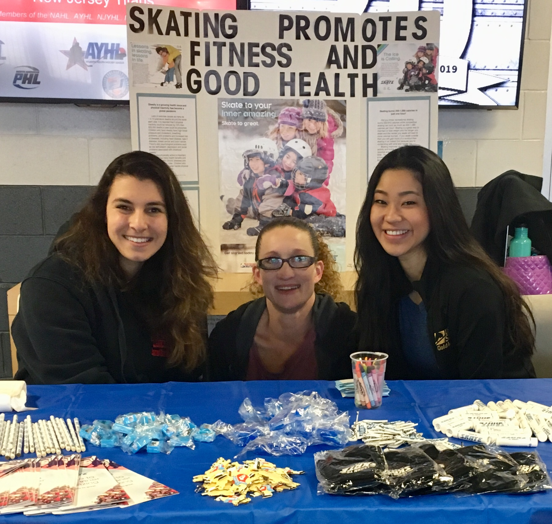 I couldn't have pulled off such a successful open house skating event without the help and support of Middletown Skating Academy Director, Christy Callas (center) & Ass't Skating Director, Sage Chermin (left).