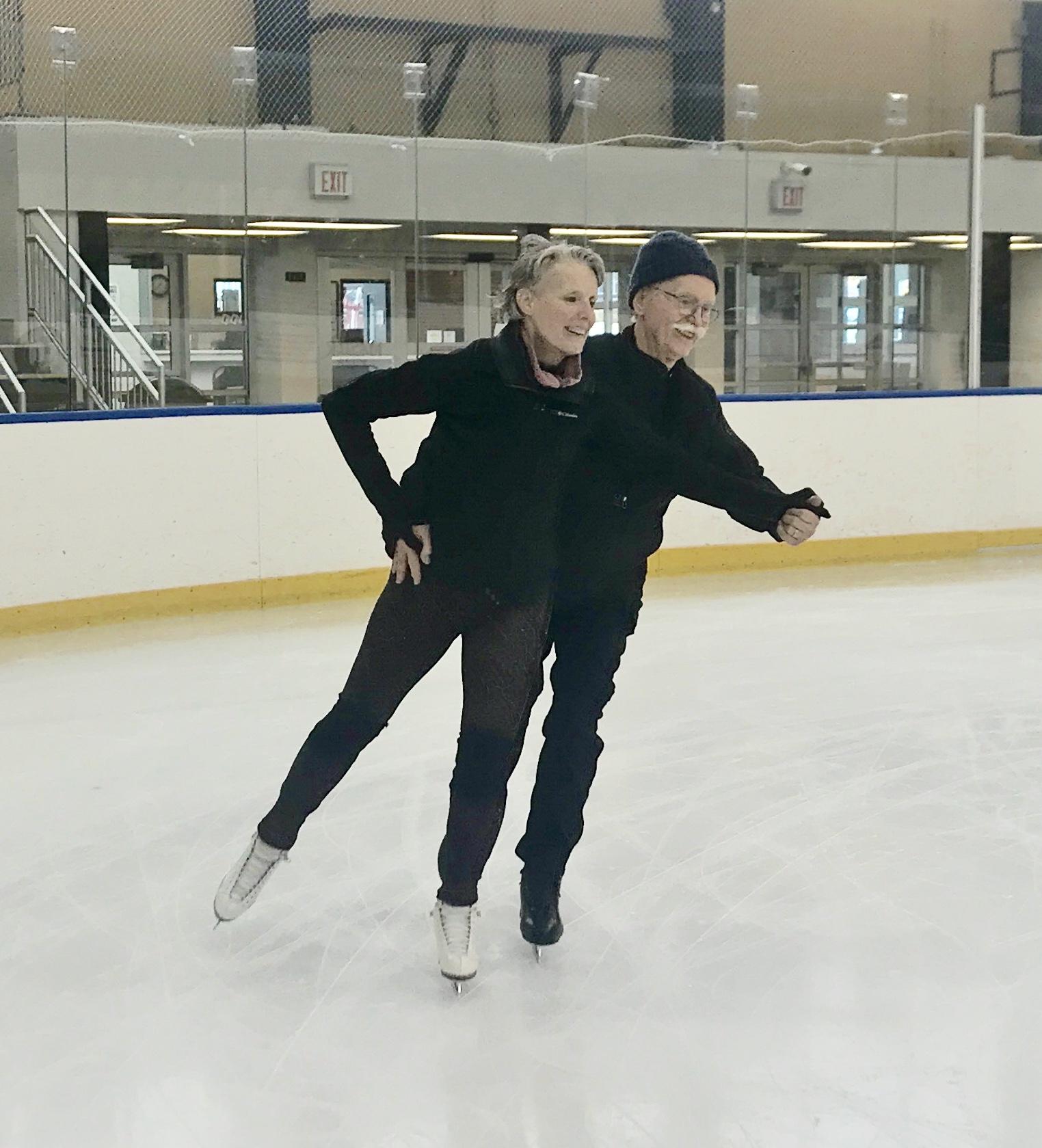 skatingcouple2.jpg